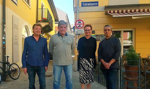 Christian Lang, Ralf Sellak, Margit Kostwein und Martin Heigl bringen mit Konzerten Leben in die Osterwitzgasse.