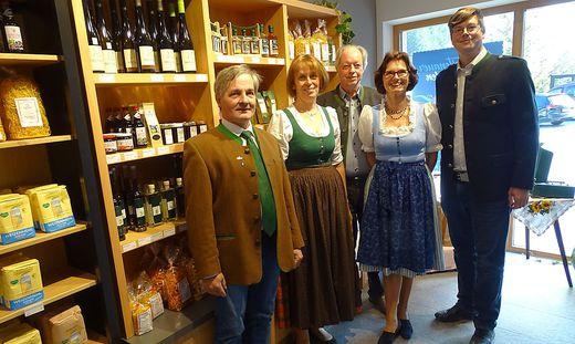 Bürgermeister Alexander Lehofer, Roswitha Griesenhofer, Ernst, Waltraud und Michael Gissing