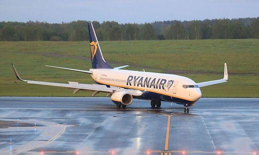 Ein Ryanair-Flugzeug wurde auf dem Weg von Athen nach Vilnius zur Landung gebracht