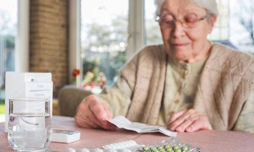 Welche Hilfsmöglichkeiten es gibt, darüber informieren Pflegekoordinatoren Pflegebedürftige wie derren Angehörigen