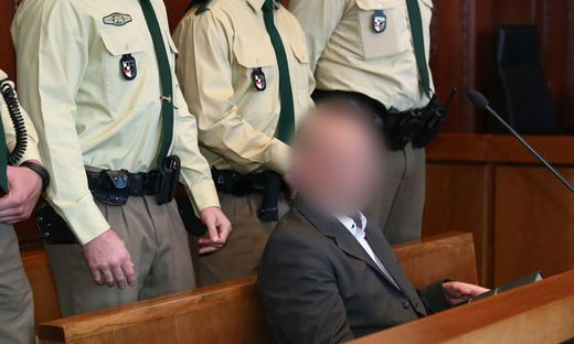 GERMANY-POLICE-TRIAL-FARRIGHT-CRIME