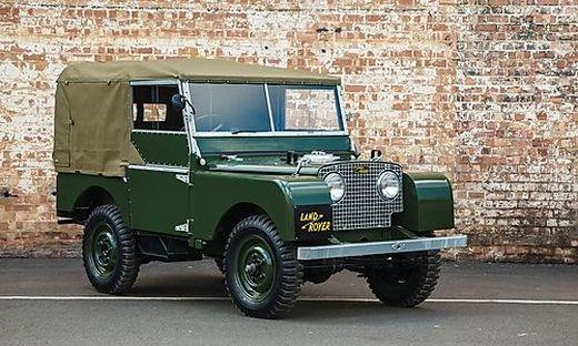 25 Stück der ersten Land-Rover-Serie werden im Werk neu aufgebaut