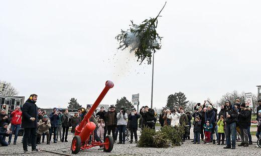 Die Weihnachtsbaumkanone