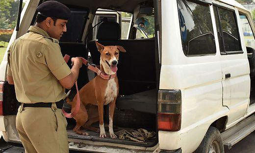Von Menschen gequält, danach ein Star an der West-Bengalischen Polizeiakademie