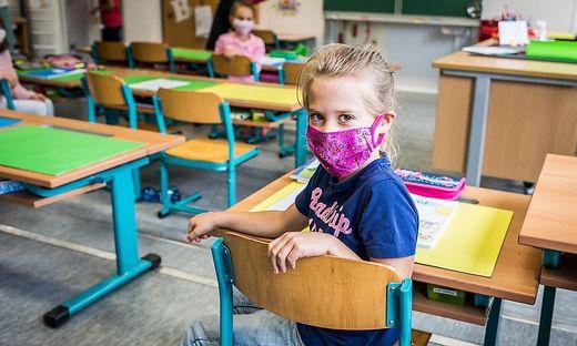 """Die Folgen der Maske: """"Man sieht kein Kinderlachen mehr!"""""""
