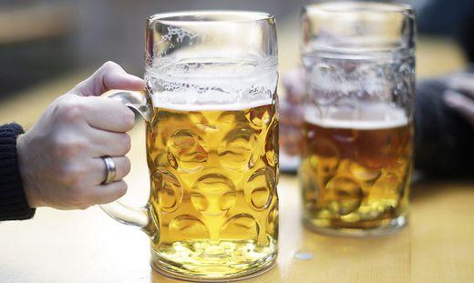 Der Osttiroler soll Bier und andere Alkoholika im Gesamtwert von 3,6 Millionen Euro nach Italien geliefert haben