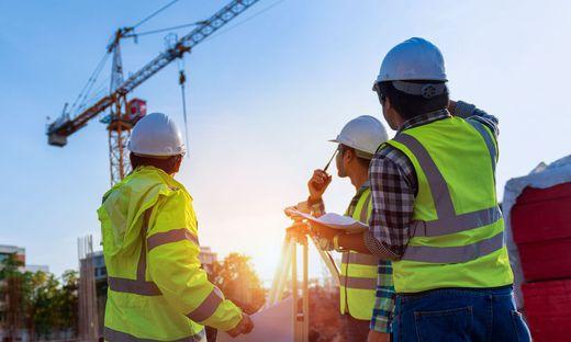 Die Zahl der Arbeitslosen am Bau sinkt weiter