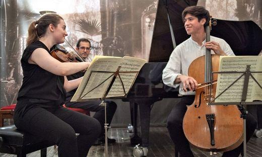 Die Musikerinnen und Musiker studieren an den besten Musikhochschulen Europas