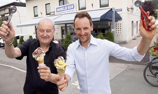 Das Vater-Sohn-Duo Thomas und Tom Truppe freut sich über den Sieg in Kärnten