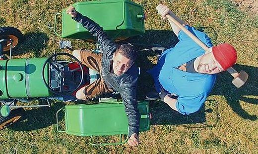 Stefan Rauch und Petutschnig Hons landen Internet-Hit mit  Hymne über Kult-Traktor