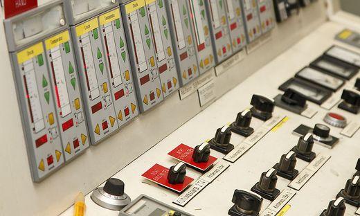 Das veraltete, unsanierte Klagenfurter Fernheizwerk Die Energie Klagenfurt GmbH wurde Oktober 2005 aus den Energiebereichen Strom, Gas und Fernwaerme der Stadtwerke Klagenfurt AG gegruendet.