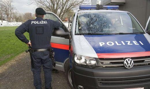 Die Polizei unterstützt die Behörde bei den Kontrollen