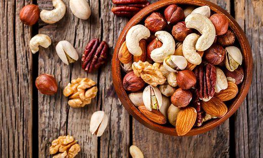 Wer regelmäßig Nüsse isst, bleibt schlank