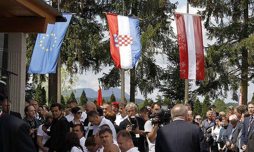 Gedenkfeier anlässlich des 70. Jahrestags des 'Massakers von Bleiburg' am Loibacher Feld bei Bleiburg