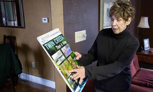 Maryann Borden lebt seit 1953 in dem Dorf und hat die Veränderungen im Twin Creek River dokumentiert