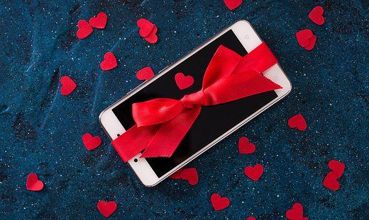 Smartphone-Angebote zu Weihnachten sind mit Vorsicht zu genießen