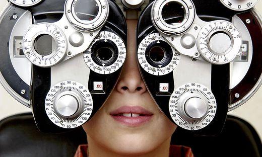 Kind; Kurzsichtigkeit; Augenarzt