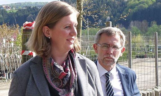 Gerald Maier und Tourismuslandesrätin Eibinger-Miedl