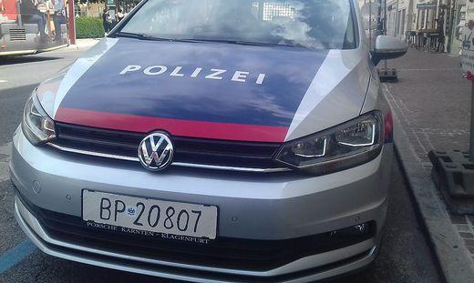 Die Polizei ist mit Ersatzkennzeichen unterwegs