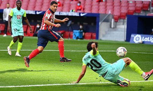 Luis Suarez traf bei seinem Debüt gleich doppelt