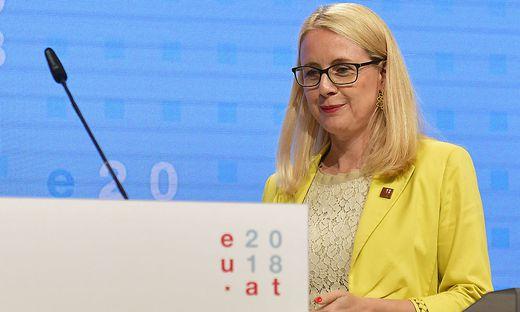 EU-RATSVORSITZ - INFORMELLER EU-RAT WETTBEWERB BINNENMARKT UND INDUSTRIE: SCHRAMBOeCK