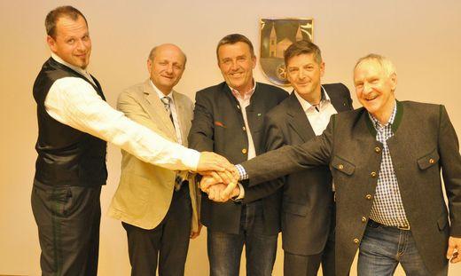 Der neue Vorstand der Fusionsgemeinde St. Veit in der Südsteiermark: Bürgermeister Manfred Tatzl (Mitte) mit Georg Pock, Harald Schögler, Gerhard Rohrer und Rudolf Reinprecht