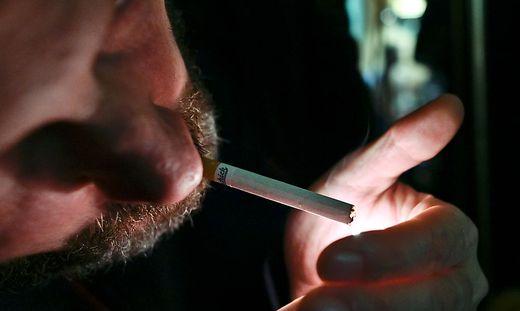 Wird das Coronavirus über Zigarettenrauch übertragen?