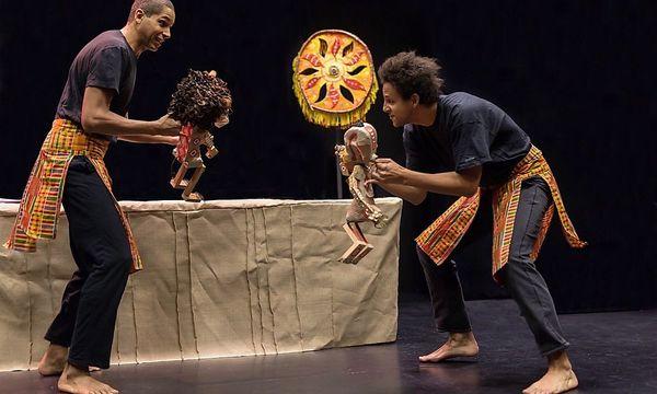 """Am Donnerstag sind die Tiere der Savanna Thema beim Figurentheater """"Afriško sonce"""" / Bild: Veranstalter"""