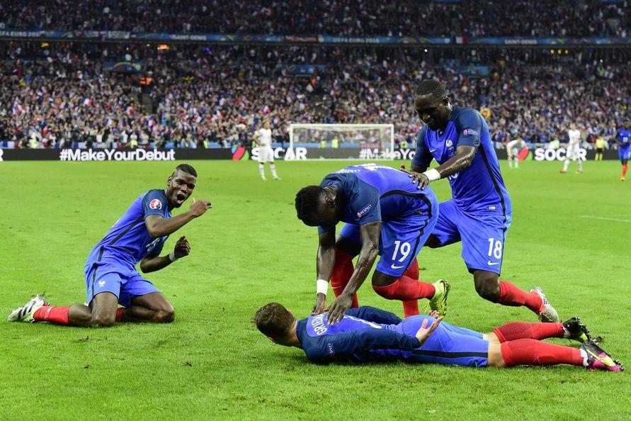 Frankreich Island Frankreich Souverän Im Halbfinale