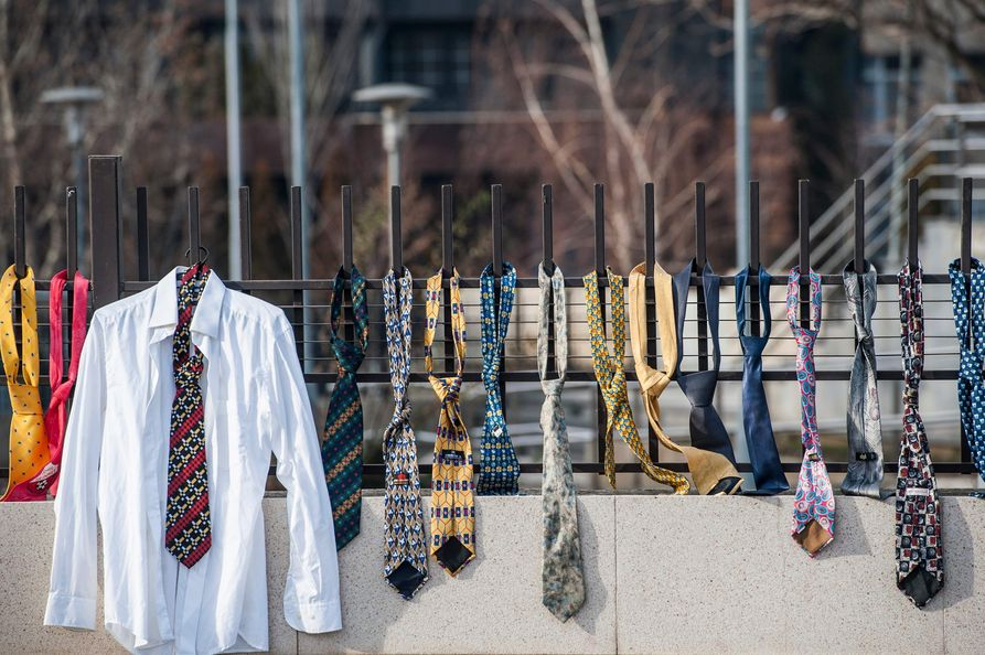 Bildergebnis für Krawatten ramush haradinaj