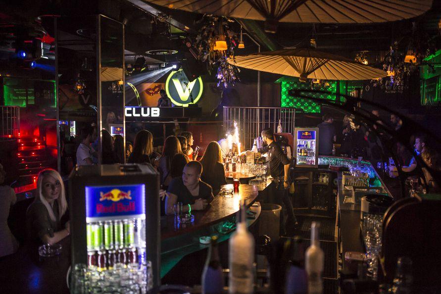 villach single men Villach, austria – sporthall st martin  st martiner str 11, 9500 villach, austria   tournament team fee: 250€/team | 60€/single (we'll find you a team).