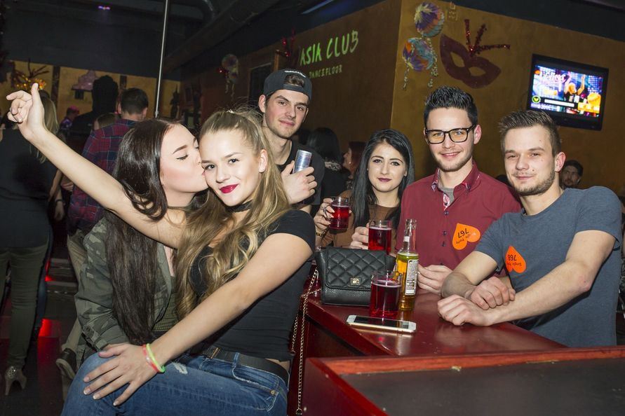 Single party villach