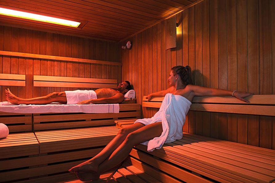 richtiges verhalten in der sauna der knigge f r die sauna. Black Bedroom Furniture Sets. Home Design Ideas