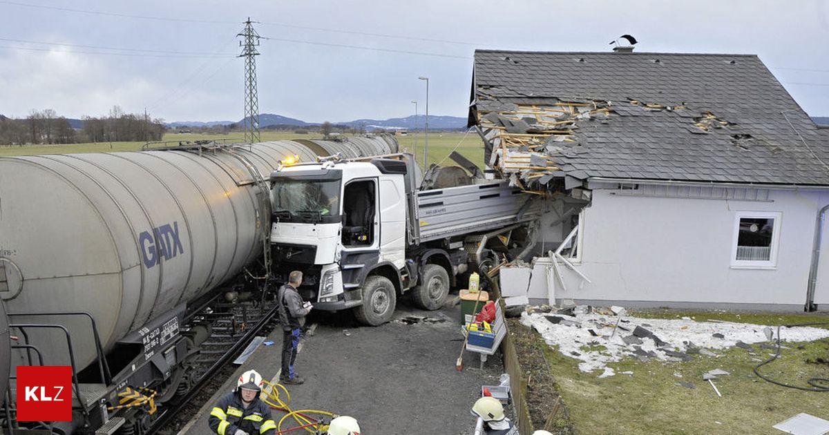 Zug Lkw Unfall